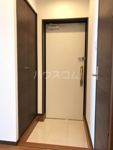 プレミアムコート美里第2 701号室の玄関