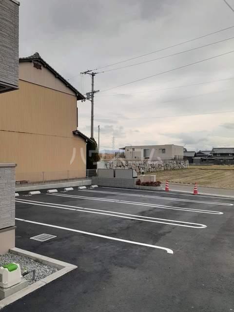 イストワールkita A 01030号室の駐車場