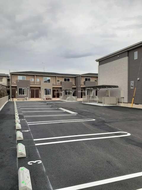 イストワールkita B 02010号室の駐車場