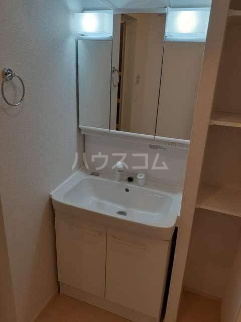 イストワールkita B 02020号室の洗面所