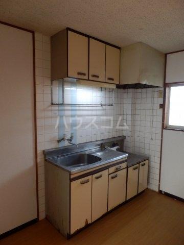 ハイム榎戸 02030号室のキッチン