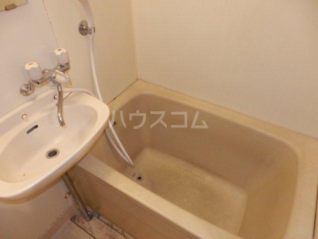 ハイム榎戸 02030号室の風呂