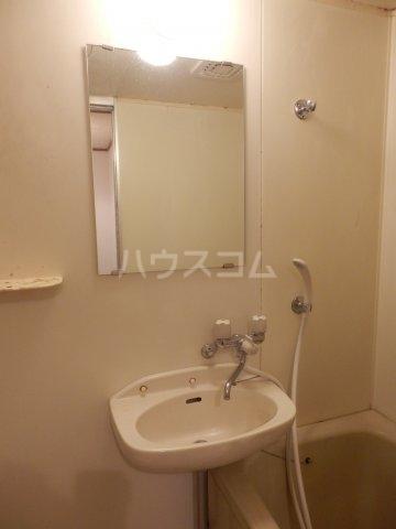 ハイム榎戸 02030号室の洗面所
