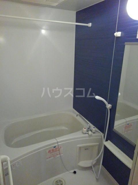 サン マーベラス B 02020号室の風呂