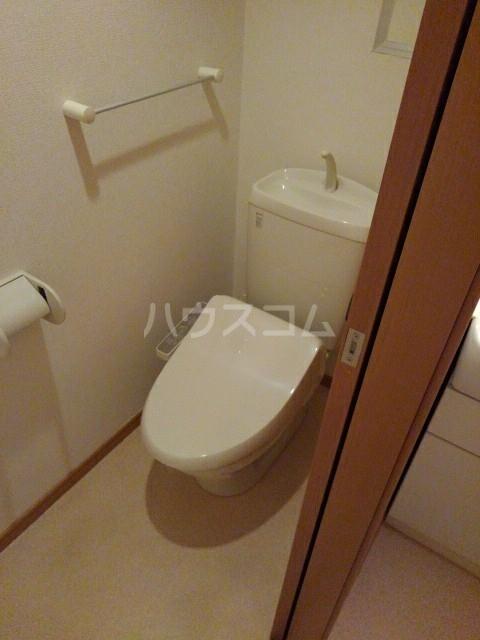 サン マーベラス B 02020号室のトイレ