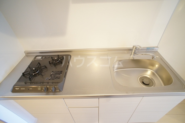 リブリ・朝霞 202号室のキッチン