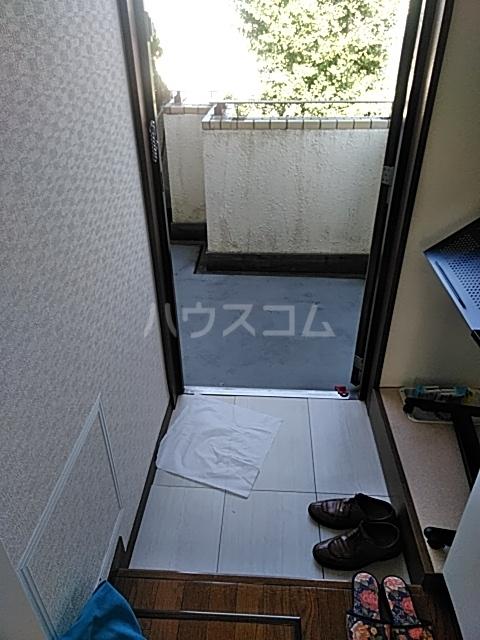 グリーンハウス 3B号室の玄関
