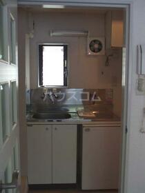 ベルクール常磐 205号室のキッチン