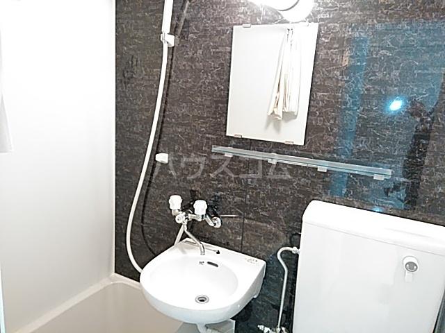 ユナイト日吉クイーン・マカダミア 107号室の洗面所