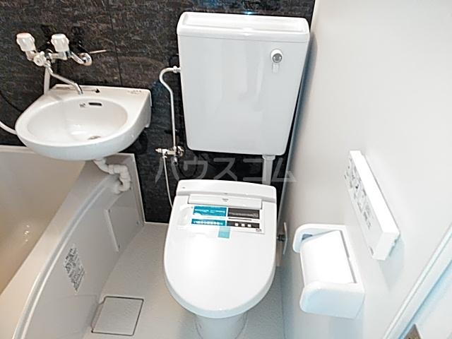 ユナイト日吉クイーン・マカダミア 107号室のトイレ