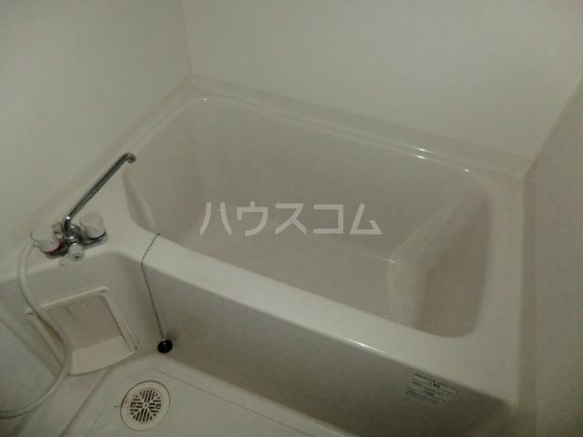 カーサボヌール 202号室の風呂