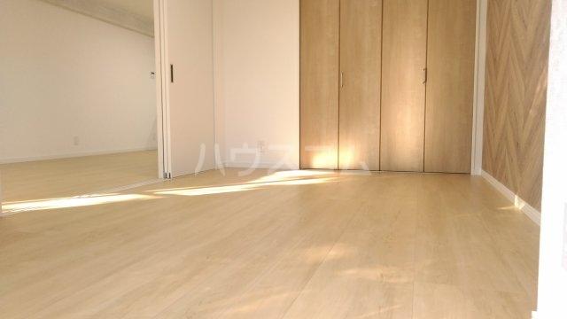 ヴェルドミール寺尾 105号室の居室