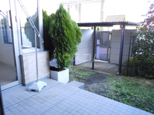 プラウド府中中河原 125号室のバルコニー