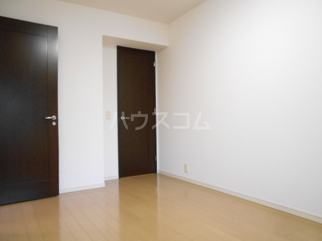 プラウド府中中河原 125号室の居室