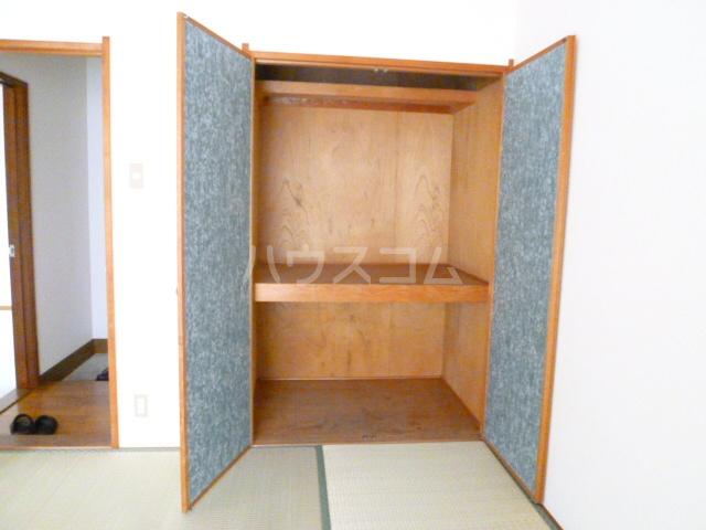 コーポオタキ 202号室の収納