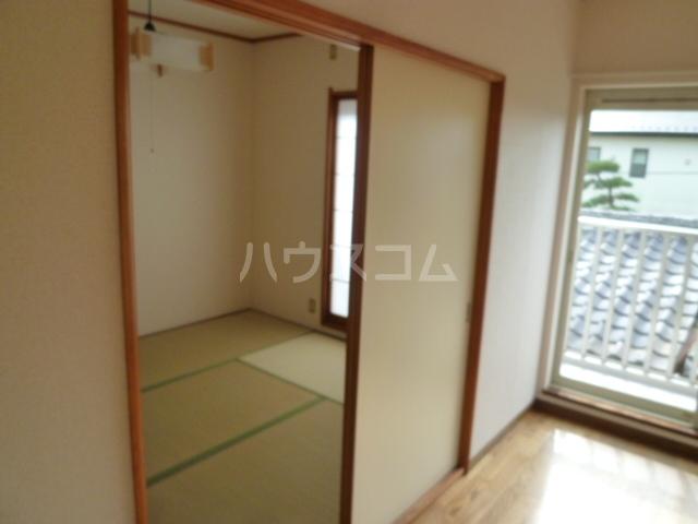 コーポオタキ 202号室の居室
