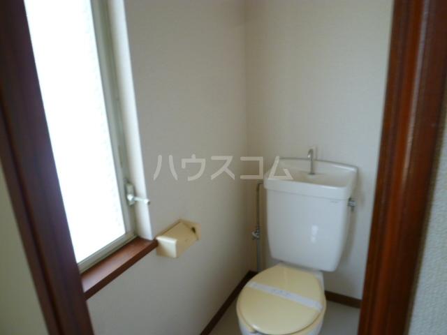 コーポオタキ 202号室のトイレ
