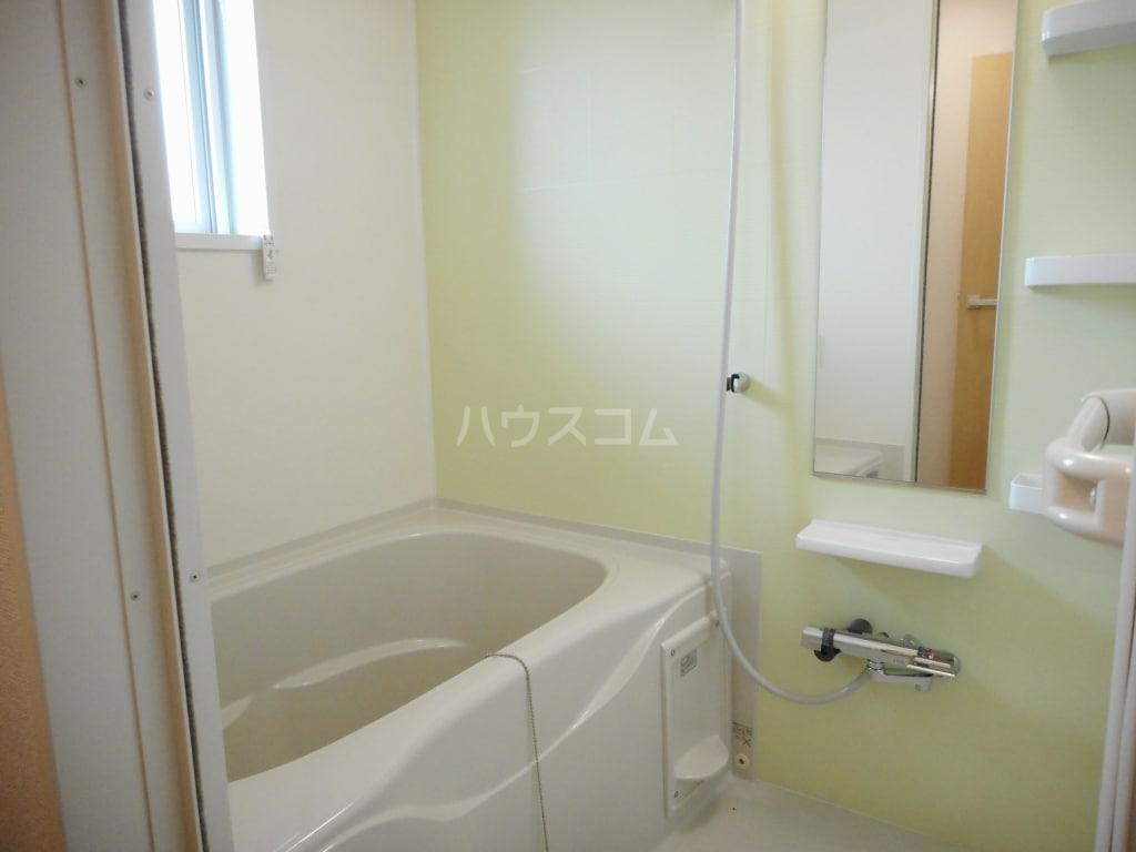リバティ 15 C 02020号室の風呂
