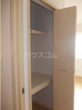 アドヴァンスA 02020号室のリビング