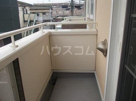 アドヴァンスA 02020号室のバルコニー