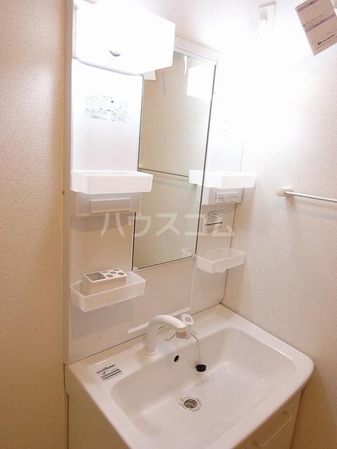 K-TEN Ⅰ 01010号室の洗面所
