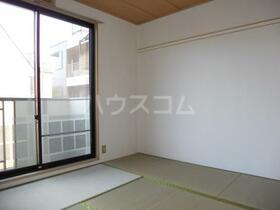 カームネスコーポ 0201号室の居室