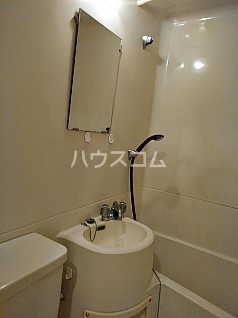 ナカハラビル 4A号室の洗面所