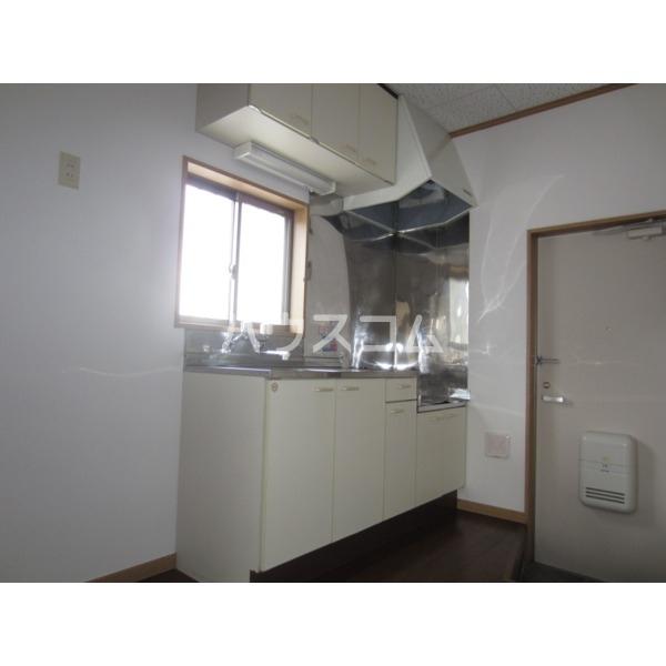 エデンハウス 203号室のキッチン