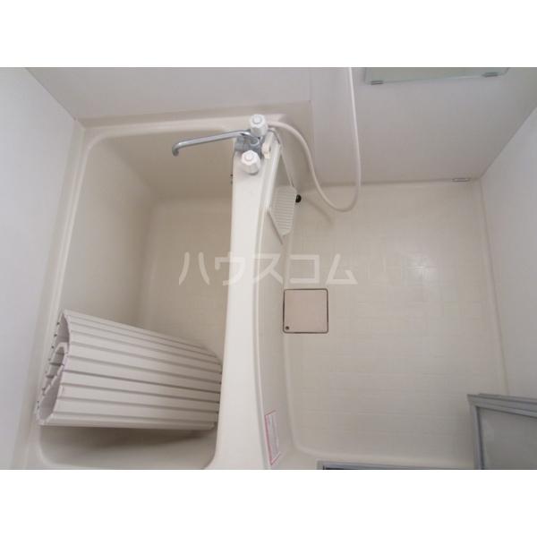 エデンハウス 203号室の風呂