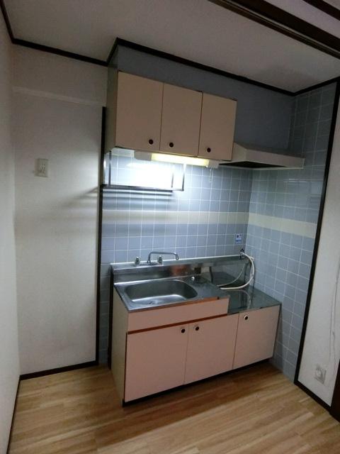 レジデンスコア 105号室のキッチン