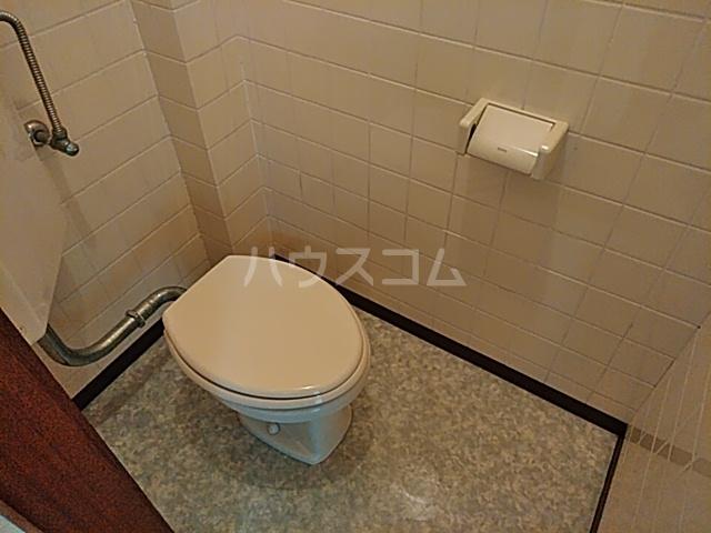 オプス正雀 301号室のトイレ