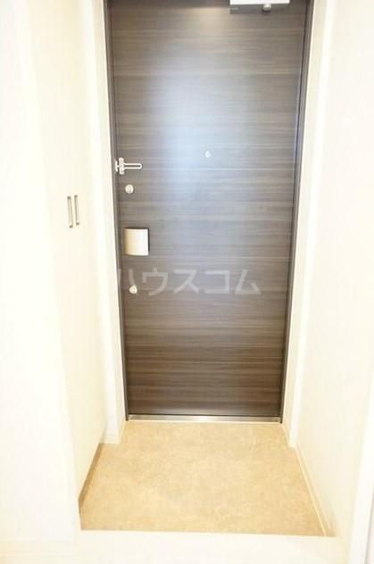 グラース洗足池 302号室の玄関