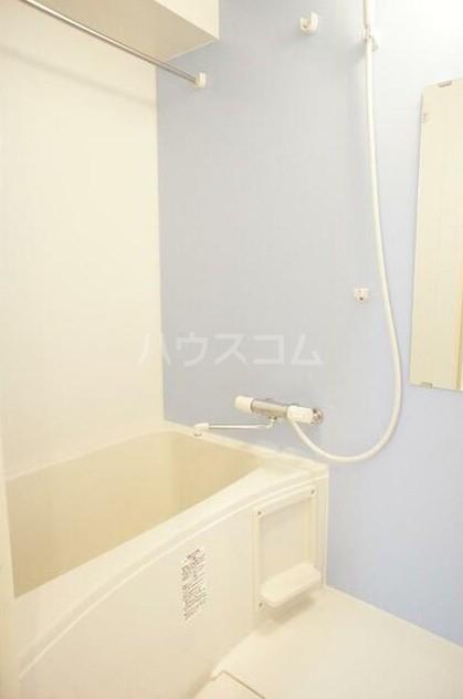 グラース洗足池 302号室の風呂