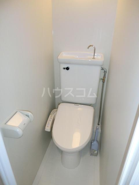 ちくさADビル 302号室の洗面所