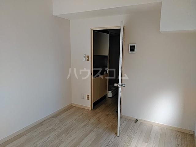グリーンハイツ 207号室のリビング