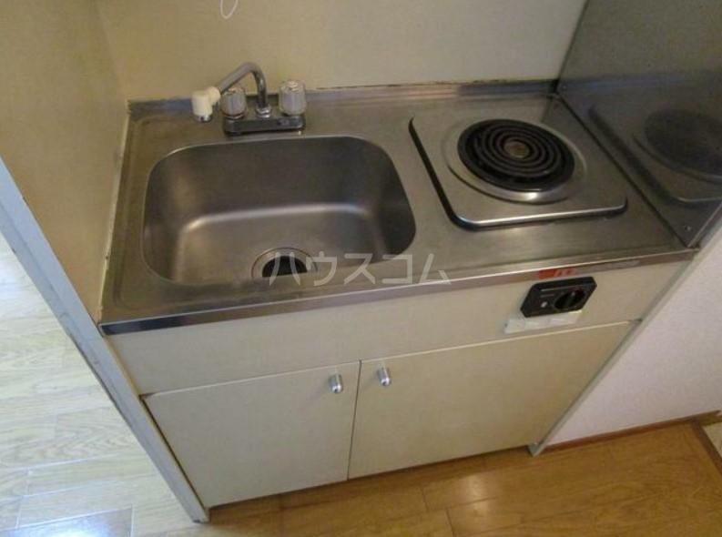 アーバンホーム洗足池 102号室のキッチン