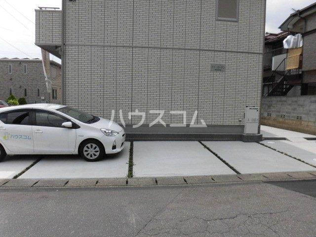 アイ・ガーデンの駐車場