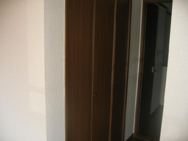 エスペランス神領 206号室の収納