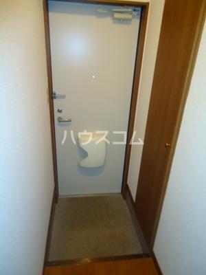 アンプルール ブワ My 203号室の玄関