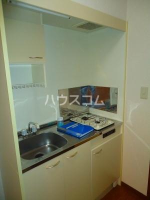 アンプルール ブワ My 203号室のキッチン