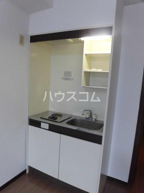 バーサス光中駒ビル 4E号室のキッチン