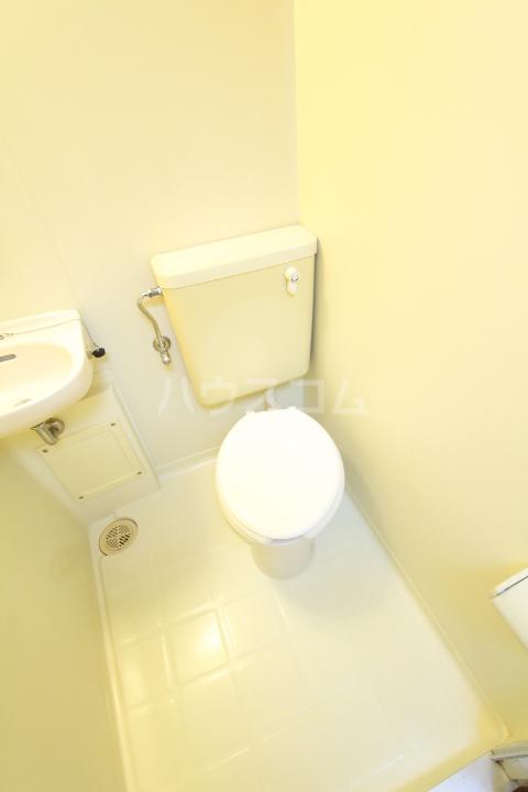 タートル21 407号室のトイレ
