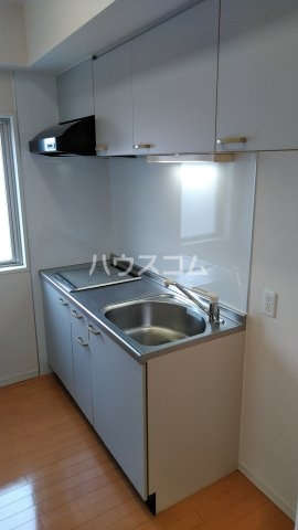 S-FORT静岡本通 502号室のキッチン