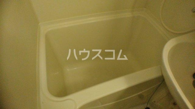 サニークレスト湘南平塚浅間町 705号室の風呂