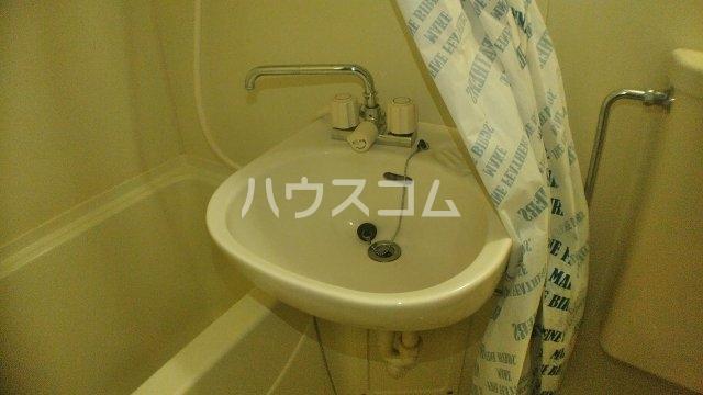 サニークレスト湘南平塚浅間町 705号室のトイレ