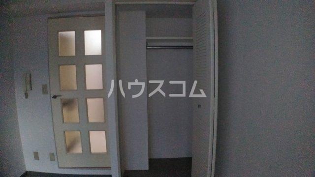サニークレスト湘南平塚浅間町 705号室の玄関