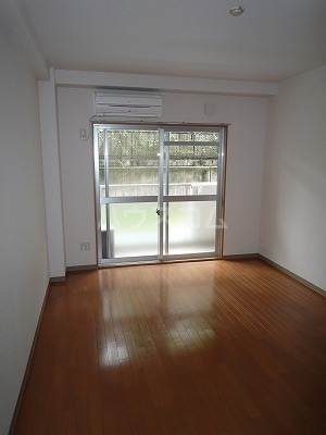 GBⅡ 402号室の居室