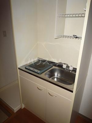 GBⅡ 402号室の玄関