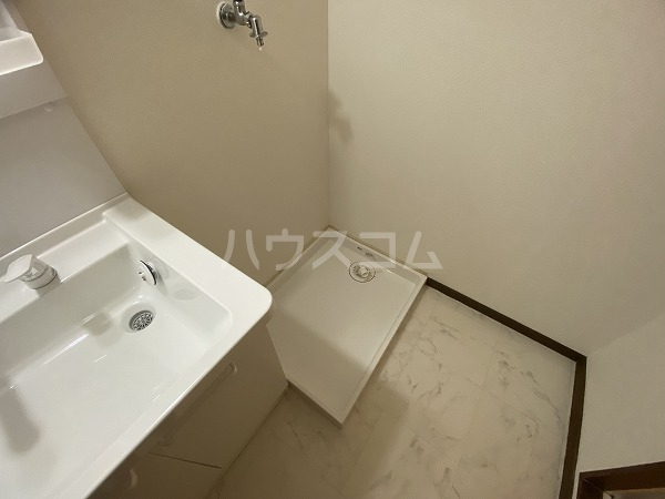 マンションマルカネ 103号室のリビング