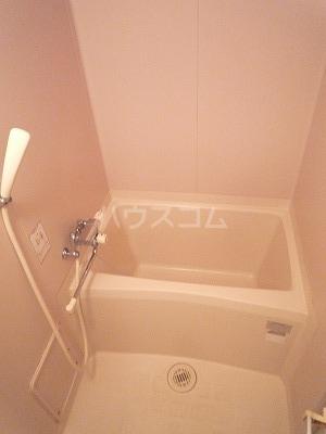 マンションマルカネ 203号室の風呂